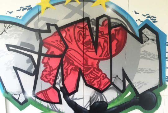 ajax logo graffiti kamer
